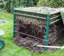 Kaip pasidaryti komposto dėžę ir kompostuoti