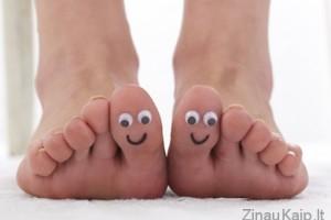 Kaip prižiūrėti pėdas