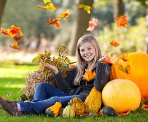 Kaip ir ką tvarkyti sode rudenį