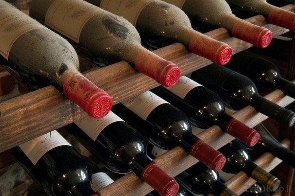 senas-vynas
