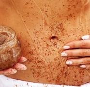 Kaip pasigaminti rudojo cukraus kūno šveitiklį