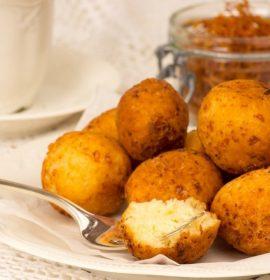 Kaip pagaminti sūrio spurgas