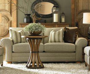 Kaip išsirinkti tinkamus minkštus svetainės baldus