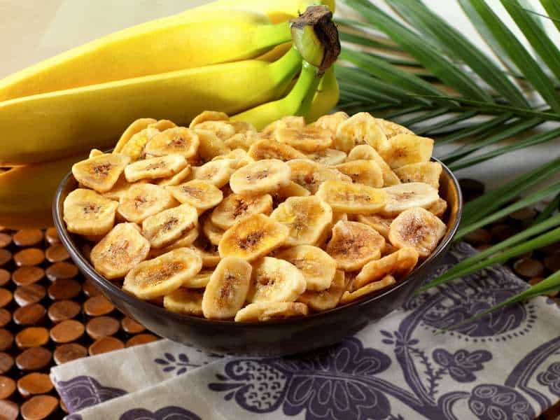 Kaip pagaminti sveikus bananų traškučius vaikams
