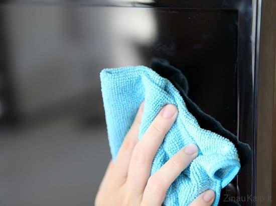 Kaip teisingai valyti kompiuterio ar televizoriaus ekraną