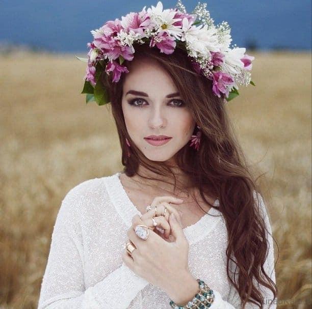 Kaip susipinti gėlių vainiką