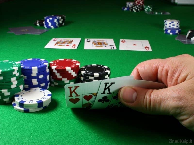 Kaip žaisti pokerį