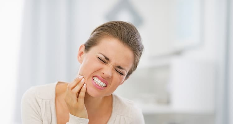 Kaip numalšinti danties skausmą