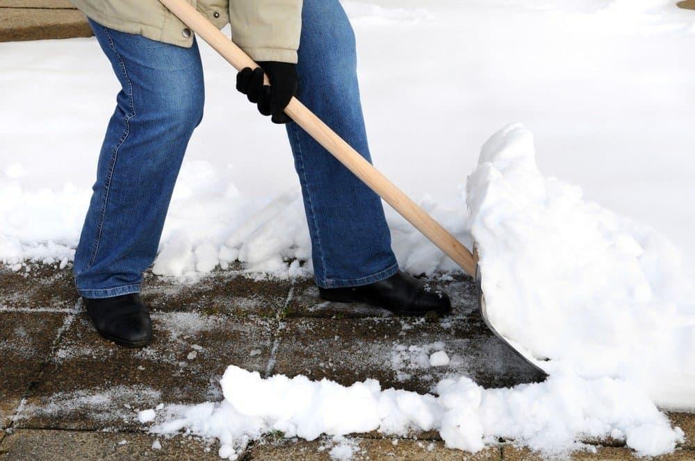 Kaip išsirinkti sniego kastuvą