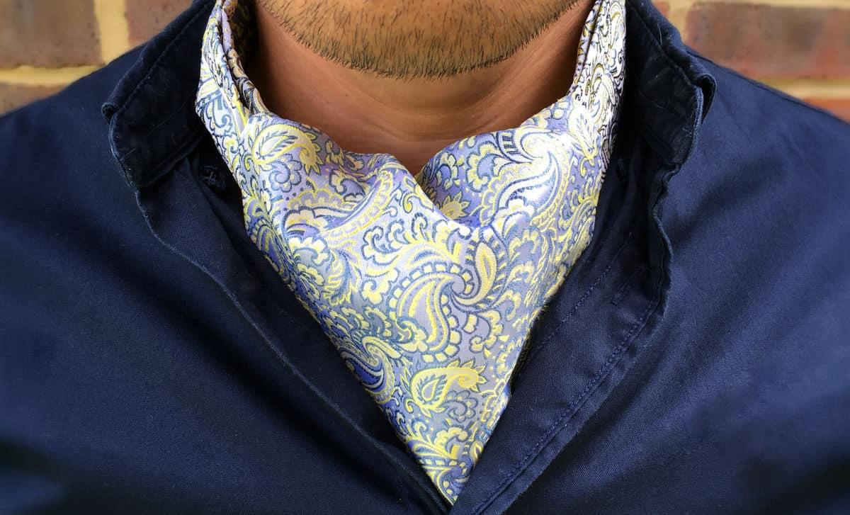Kaip užsirišti kaklaskarę