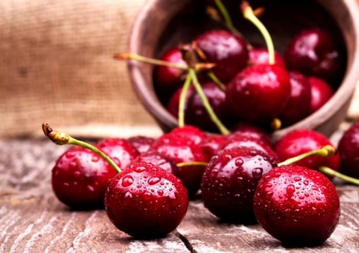 Kaip lengvai išimti vyšnių kauliukus
