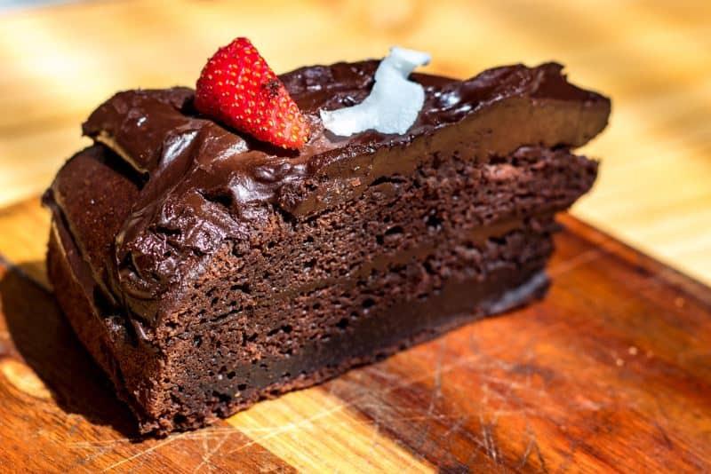 Veganiškas šokoladinis pyragas