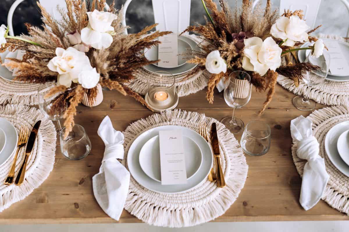 Kaip išsirinkti vestuvių dekoratorę?